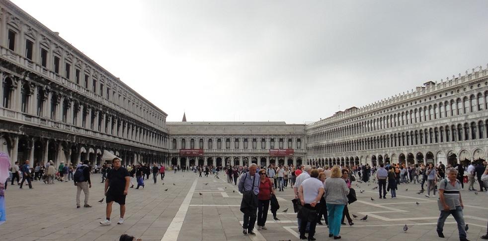 被拿破崙稱為歐洲的客廳的聖馬可廣場