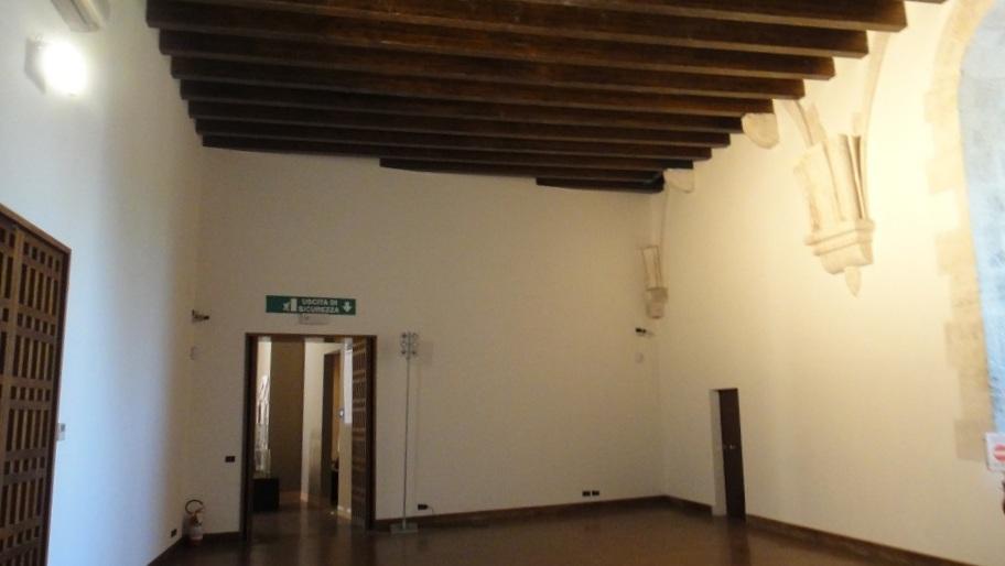 城堡內很多空間都成為現代展場