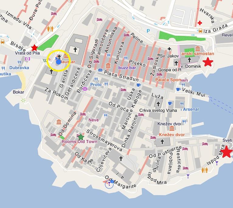 Dubrovnik 舊城區,左邊第一個紅色星星就是入口 (Pile),黃色圈圈是進入舊城後第一個可以爬上 City wall 的地方,另外兩個 City wall 的入口在右邊兩個星星處