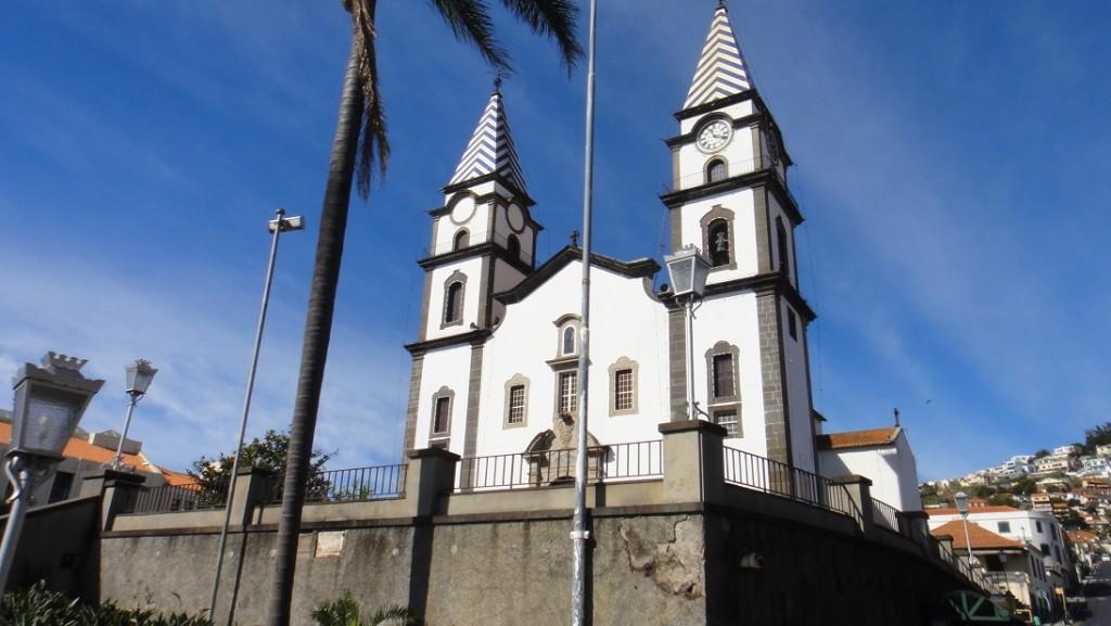 路上經過的一個教堂