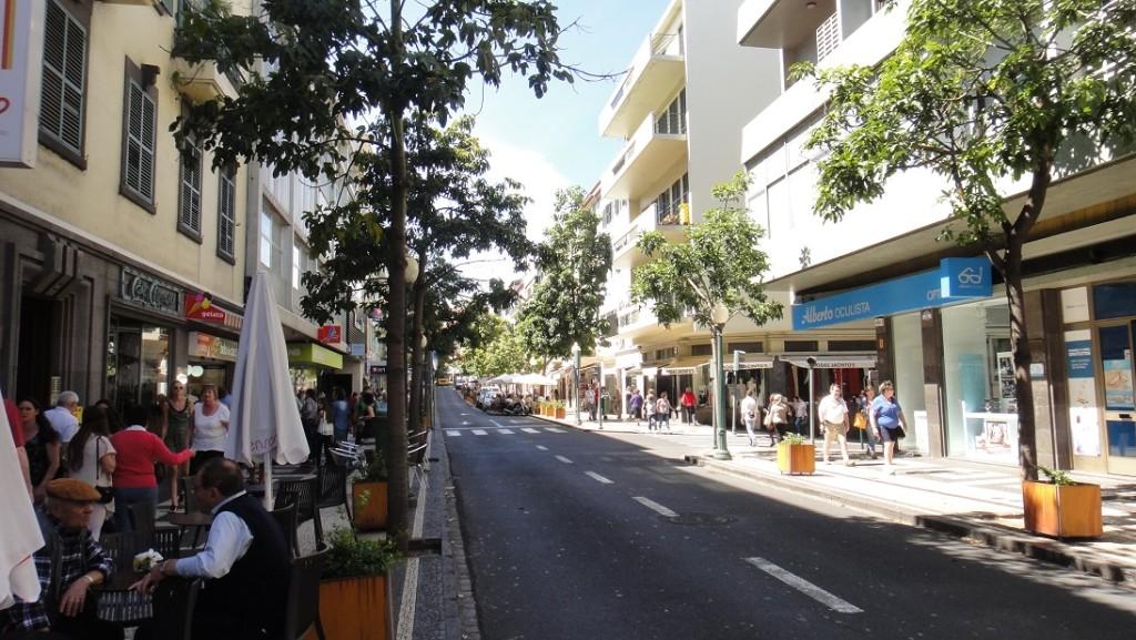 Funchal 不愧為一個度假勝地,想購物的人這裡也有不少精品店
