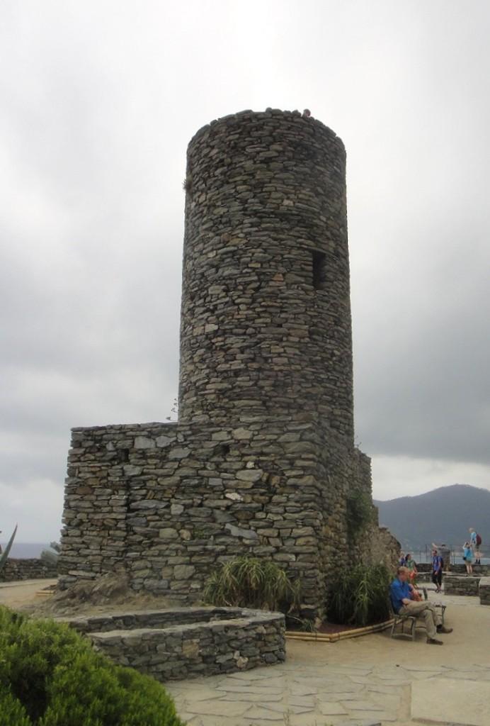Castello Doria 是 Vernazza 的最高點,可以眺望附近的景觀