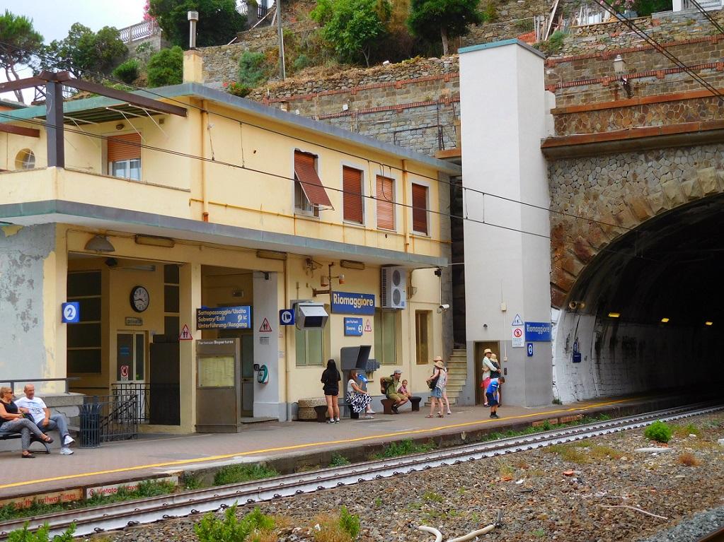 Riomaggiore 火車站