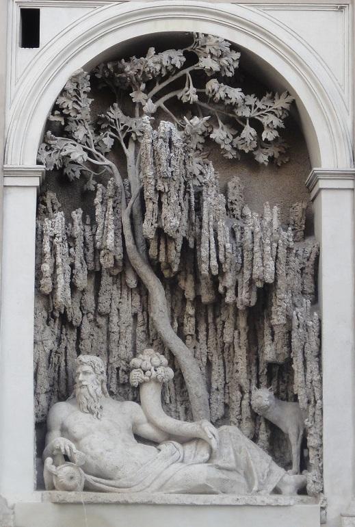 義大利人的美感是因為每天跟藝術品在一起,被薰陶出來的嗎?