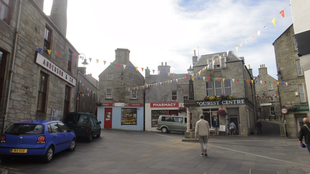 Lerwick 市中心很小,很容易就找到旅客中心了