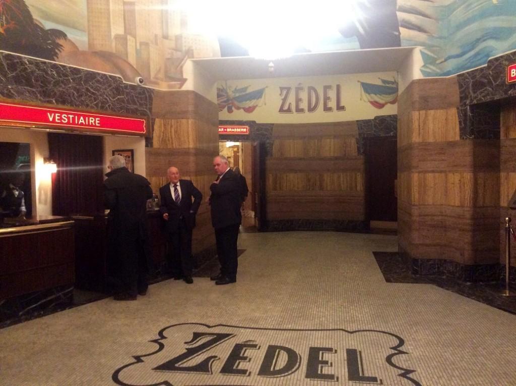 Zedel 餐廳的地下一樓入口 (直接走進去就對了)