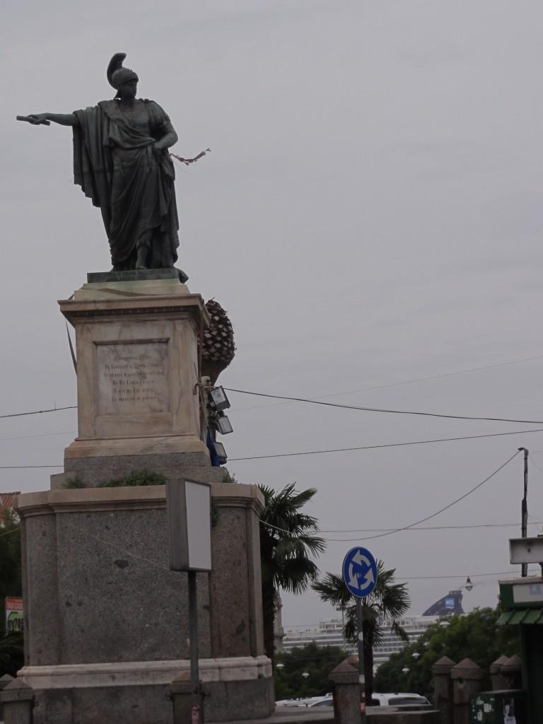 141129卡利亞里Piazza Yenne