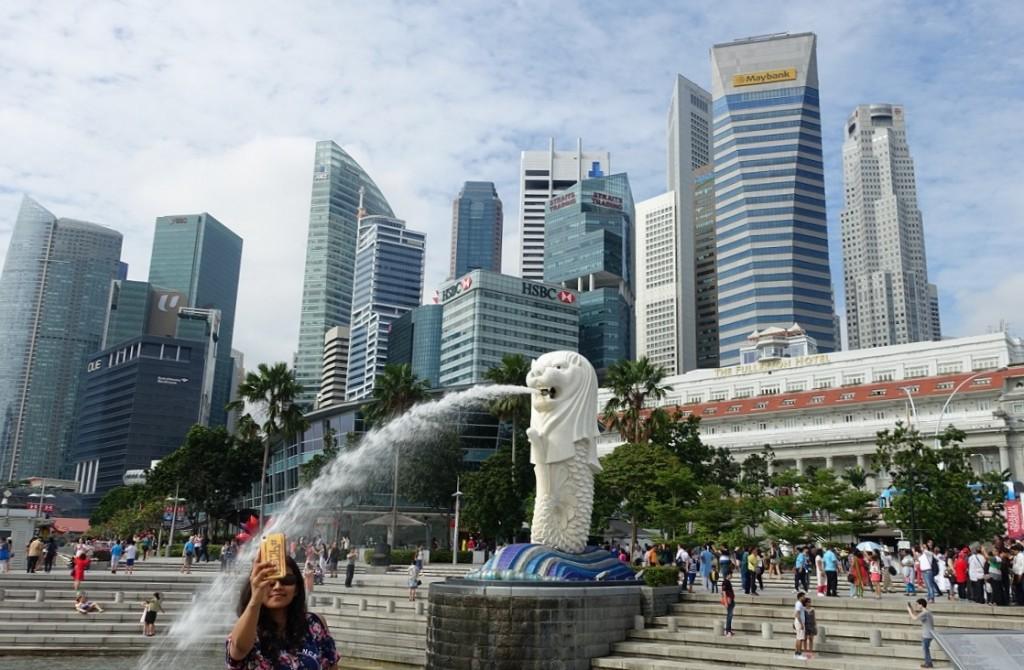 到新加坡必來的海獅公園 (這張怎麼照得有點 kuso~ ^^)
