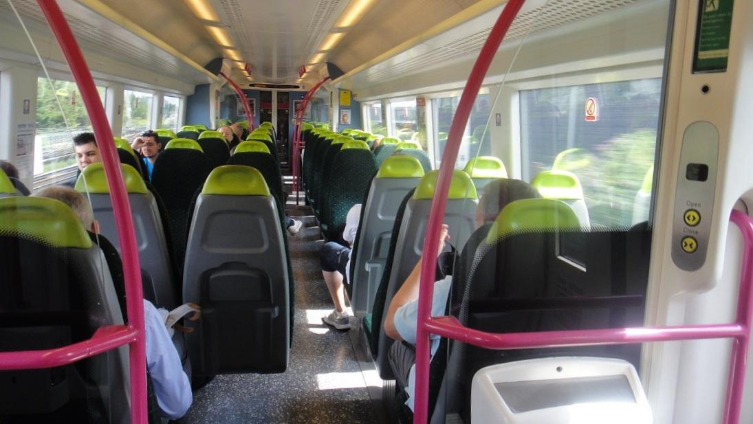 不像英國有些公司經營的列車很髒亂,C2C的班車車廂維持得很乾淨
