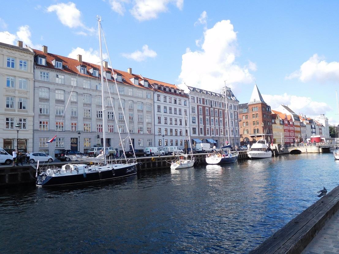 來到了哥本哈根的新港區