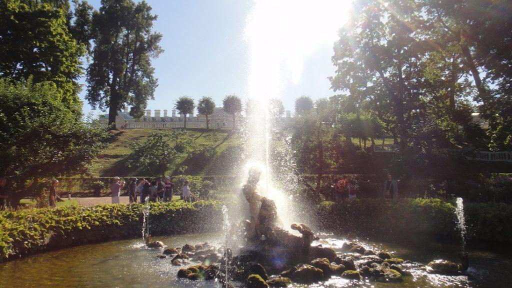 不同的噴泉有著不同巧思