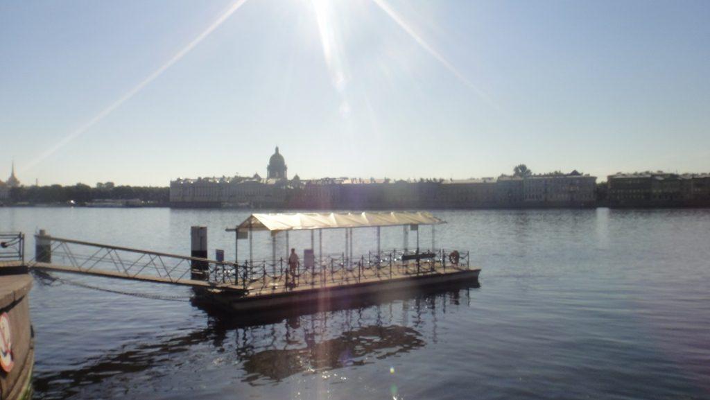 看這水都側寫,難怪聖彼得堡會被稱作北方威尼斯了