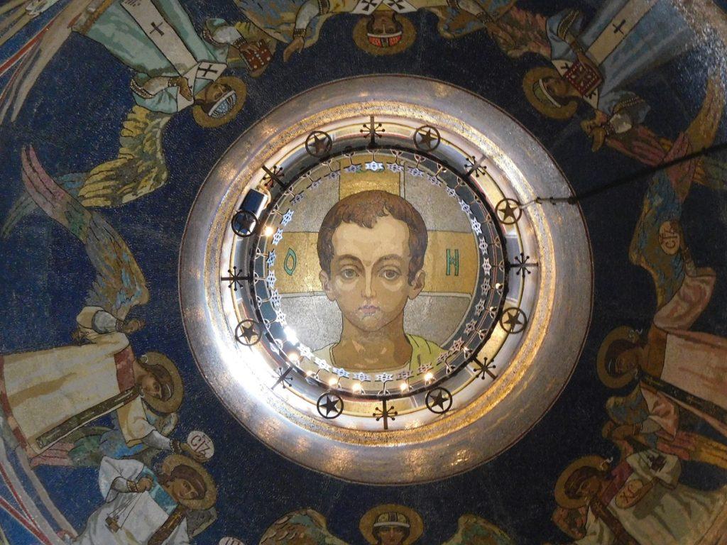 在藝術史上佔有一席之地 (此為年輕時的基督像)