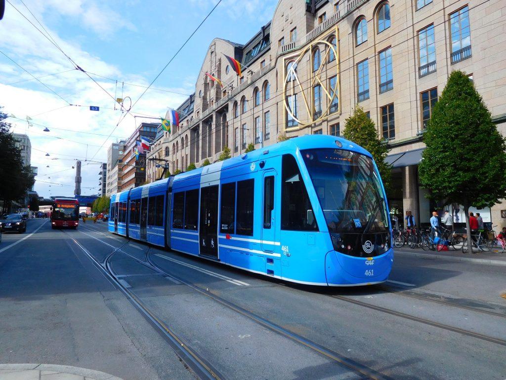 斯德哥爾摩也有很多電車路線,電車真的是對市區環境很環保的一種交通建設