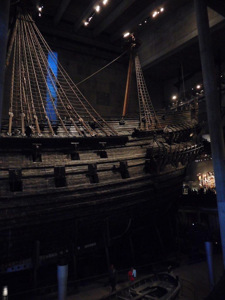一整個博物館 (船有好幾層樓高) 就是在介紹這艘船的歷史、工藝、船上的各種裝飾、工具.....